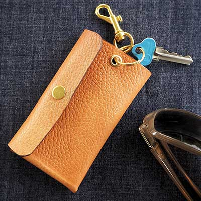 CREATE-A-LEATHER-KEY-WALLET